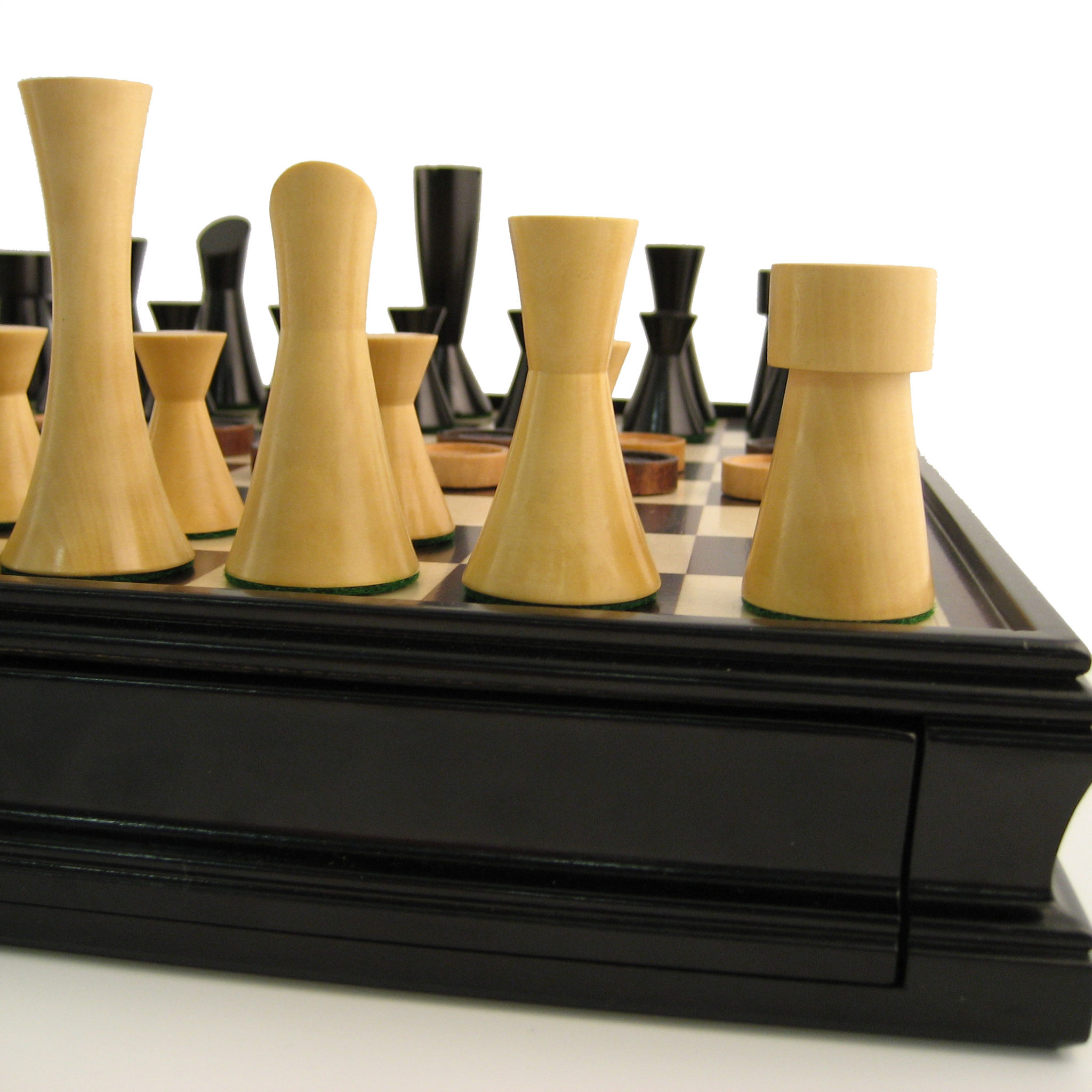 Modern Chess Checkers Game Set Weighted Chessmen